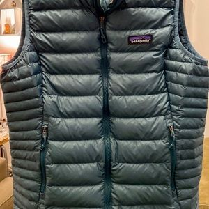 Patagonia Women's M Down Puffy Vest Blue/Green